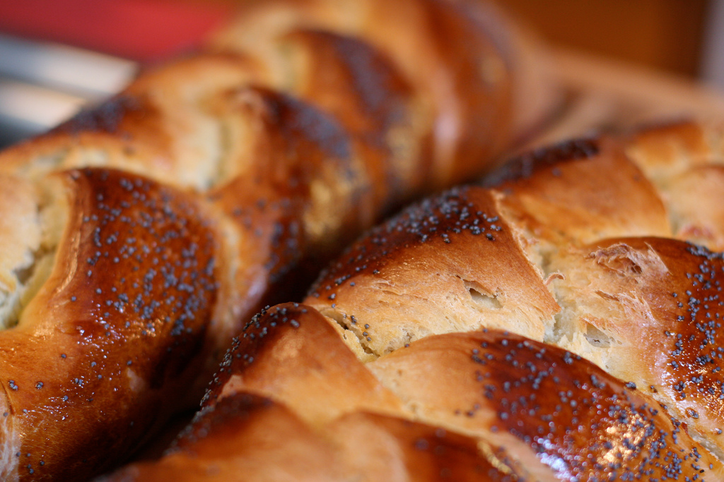 Image: Challah by Brad Greenlee (license CC-BY-2.0)