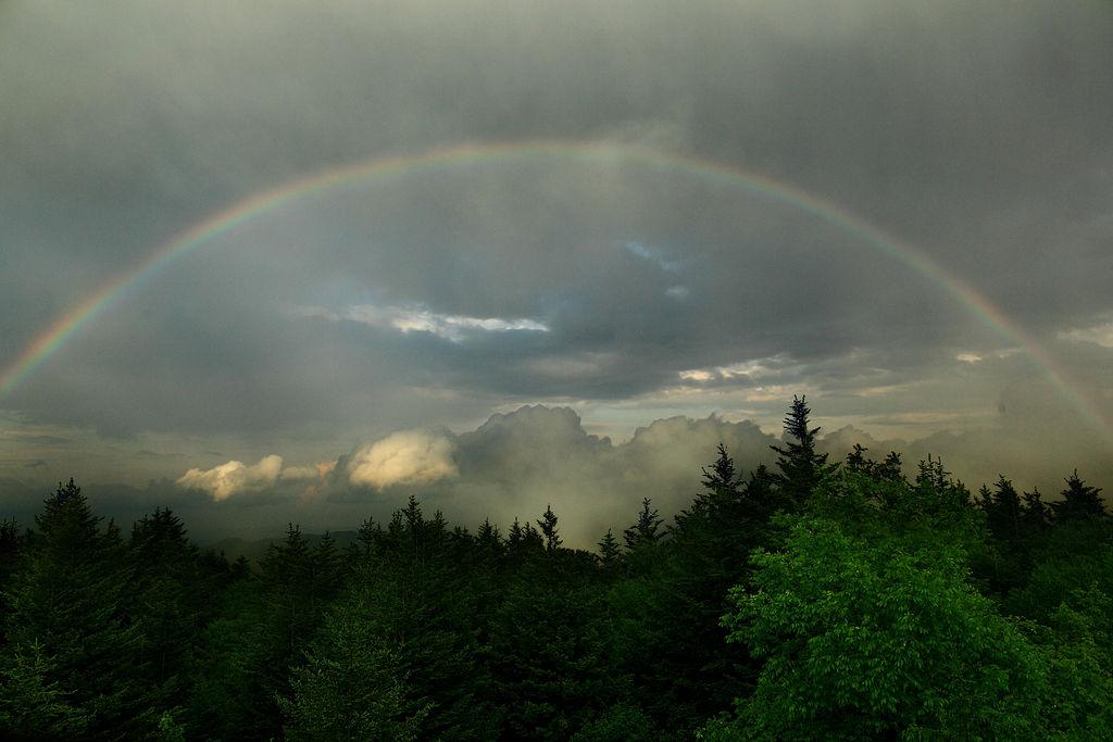 """Rainbow God's Earth Covenant"" (Virginia, credit: ForestWander, license: CC BY-SA)"