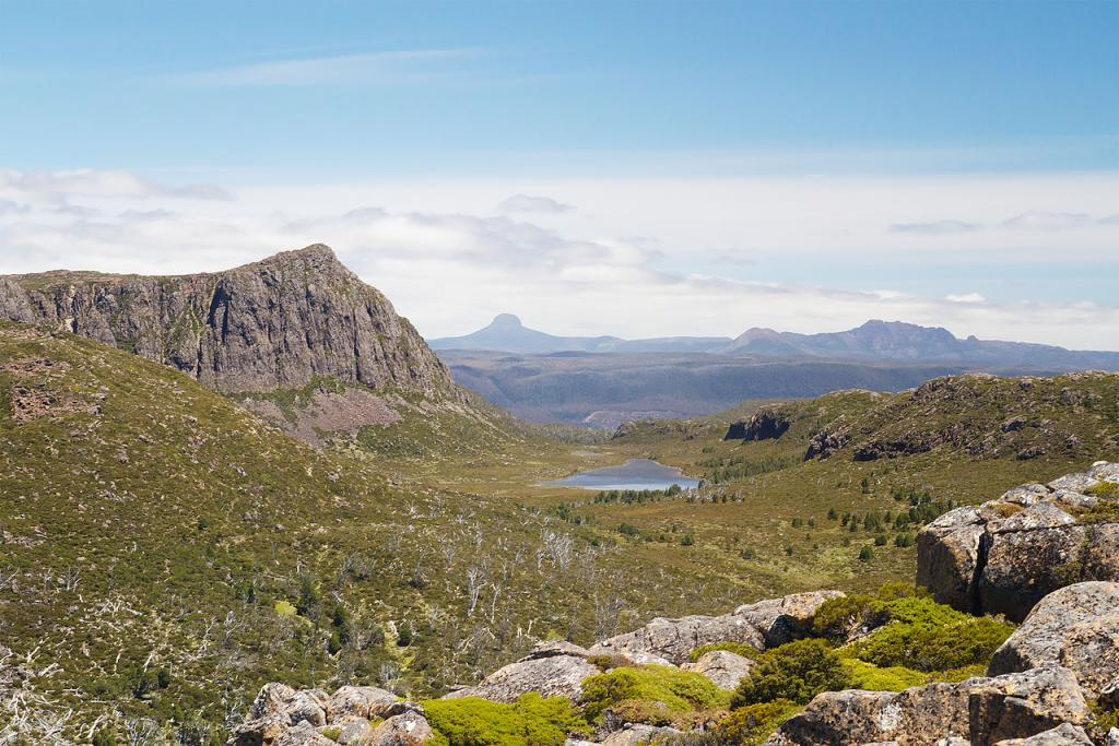 King David's Peak, Barn Bluff and Cradle Mountain (left to right) from the Mt. Jerusalem track, Walls of Jerusalem National Park, Tasmania, Australia (credit: JJ Harrison, license: CC BY-SA)