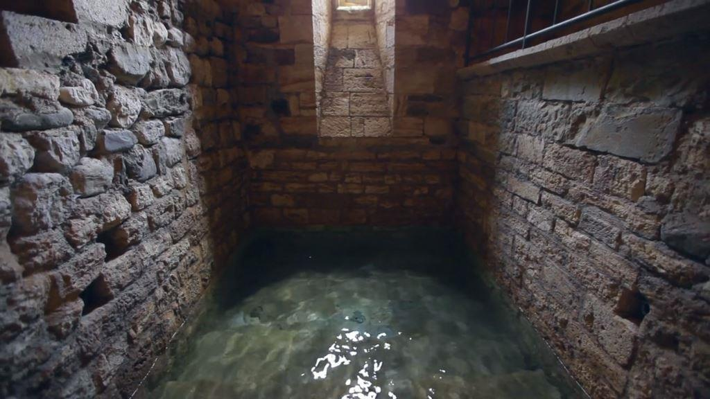 The Mikvah of Besalú (credit: gotosefarad.com, license: CC BY-SA)