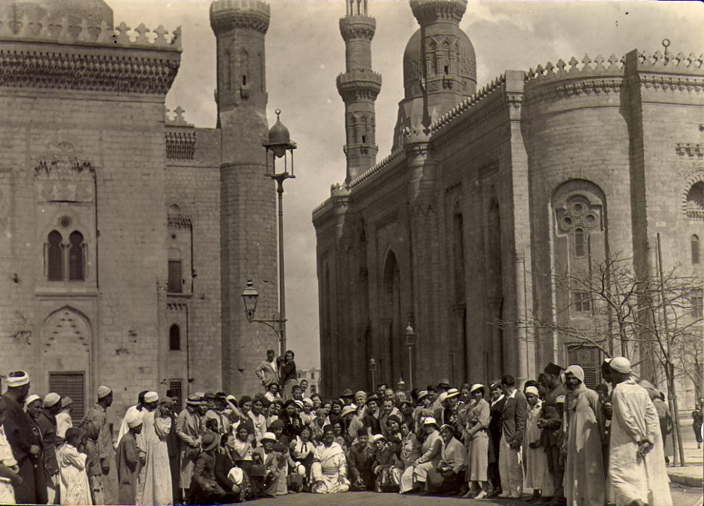 Teachers' Union organized a trip from Israel to Egypt (between 1930 and 1940)