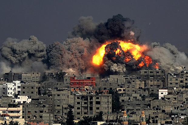 Gaza bombardment 29 July 2014 (EPA via BBC News)